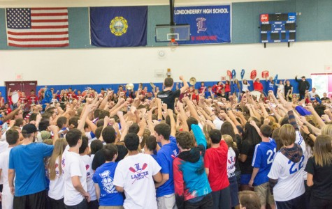 Photo Gallery: Highlights from fall pep rally 2015