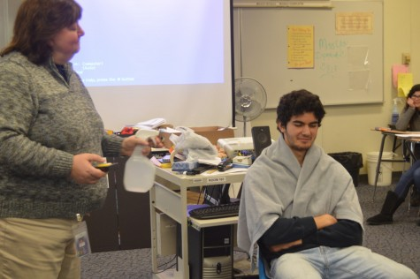 Psychology class tests reactions to a stimulus