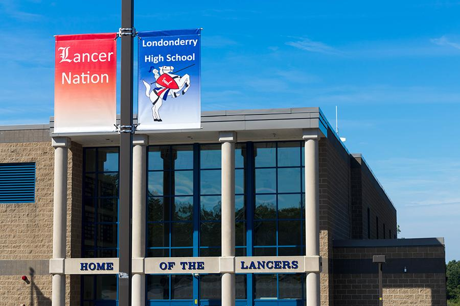 Banners sporting the Londonderry lancer and the words