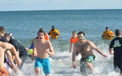 LHS 'Penguins' plunge into ocean, raise over $8,000 for Special Olympics