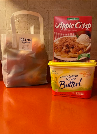 How to make homemade apple crisp with three simple ingredients