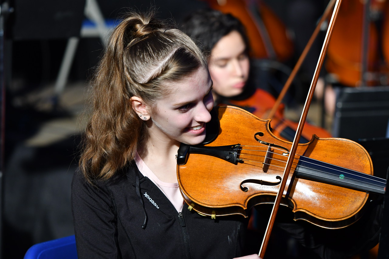April Mauceri plays the violin during the Prism concert.