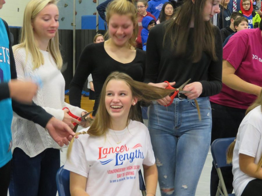 Current senior, Hannah Ellis, donates her hair during the Day of Giving on January 10, 2020.