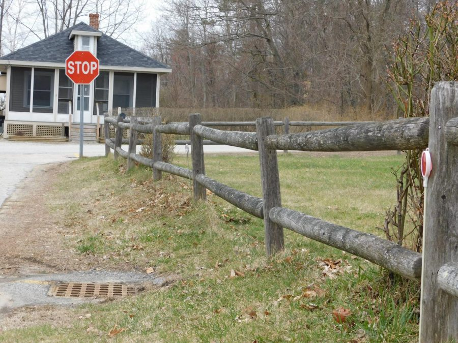 To show the use of photography in the real world, this photo uses leading lines from the road and the fence to be able to focus on the two subjects that are supposed to be the focus, the red stop sign and the house.