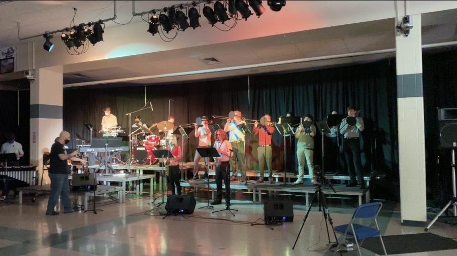 LHS Jazz Ensemble, directed by Joe Mundy, performs at prism. Due to COVID-19, limited guests were able to go.