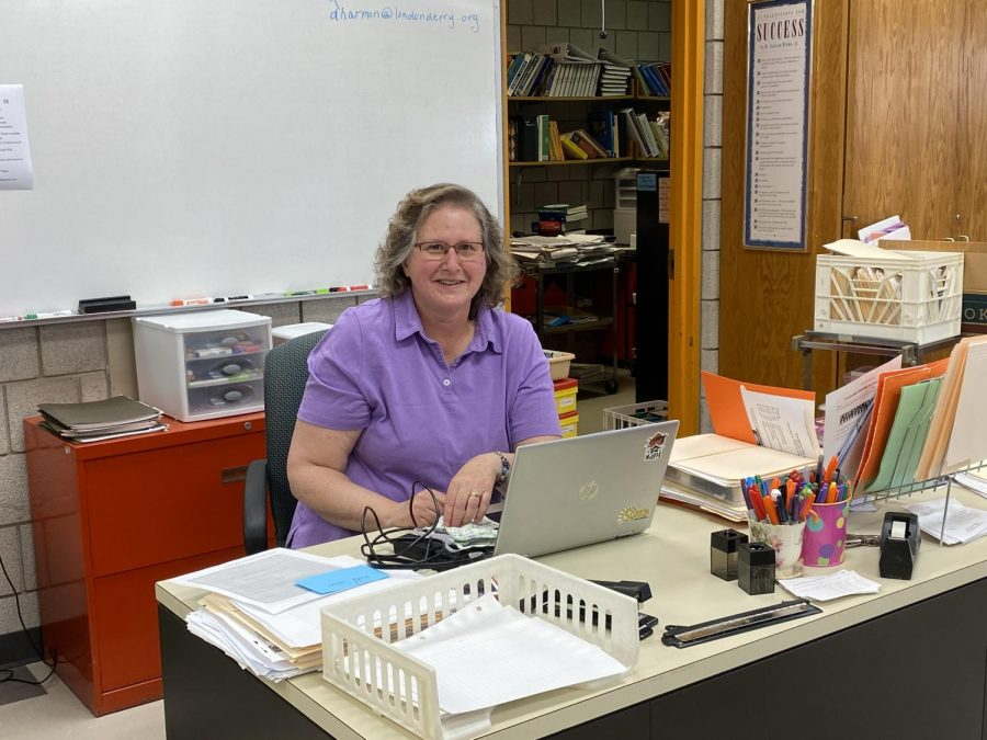 Consumer Family Science teacher Mrs. Harmon started her career in Londonderry Middle School before teaching at the high school. Although she want always a teacher at the high school, Harmon has spent her entire career in the Londonderry District.