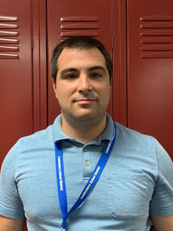 New social studies teacher, Eric Idelson, says he is, willing to do whatever [he] can to ensure [his students] are successful.